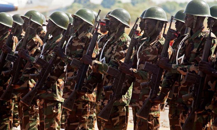"""Soudan: l'armée doit faire une """"déclaration importante bientôt"""""""