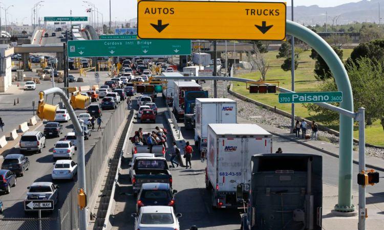"""DE3FA4C4 5902 48C8 88FD 664DF0548F1F w1200 r1 s - USA : Trump se dit prêt """"à 100%"""" à fermer la frontière avec le Mexique"""