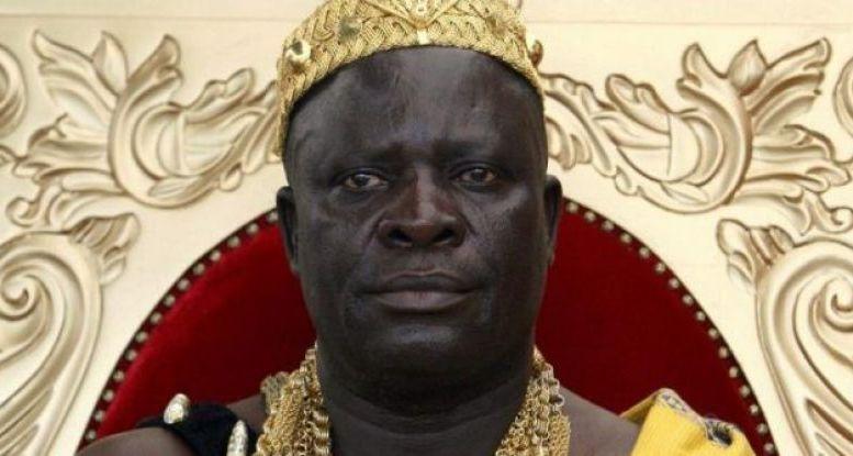 Le roi de Krindjabo - Côte d'Ivoire : un roi veut participer à la reconstruction de Notre-Dame de Paris