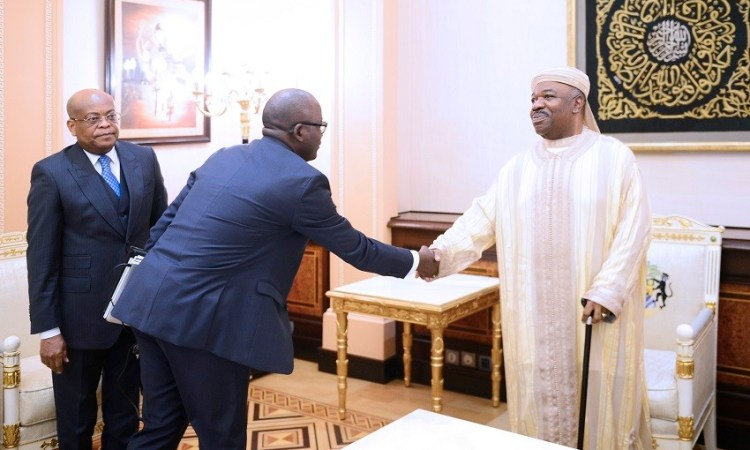 Logement, infrastructures et énergie : Ali Bongo Ondimba prend le pouls