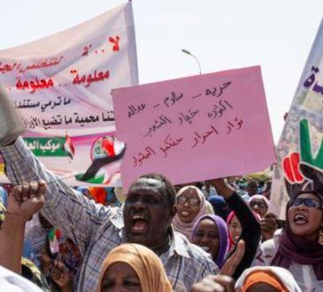 Négociations dans l'impasse auSoudan: les manifestants vont être consultés