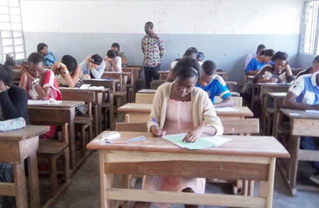Éducation nationale: Léger réaménagement du calendrier des examens