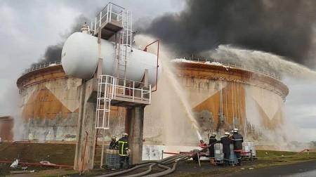755840350387 - Les raffineries de pétrole au Cameroun et en Côte d'Ivoire en feu ! À qui profite cet incendie ?