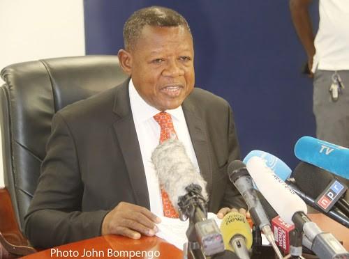 Election du gouverneur du Sankuru : Lambert Mende demande à Joseph Kabila de « tirer toutes les conséquences »