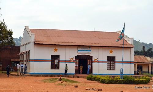 Nord-Kivu : le député Mbindule mène la campagne « Arme contre 20 tôles »