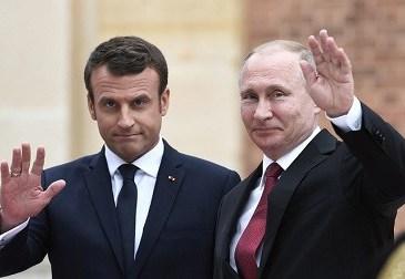 Rencontre Poutine-Macron : des personnalités appellent à approfondir la relation France-Russie