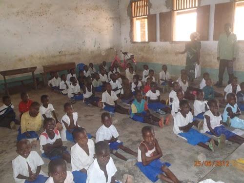 Une salle de la 1ère année primaire de l'Ecole Dungu-centre, en Province Orientale/Photo Radio Okapi.