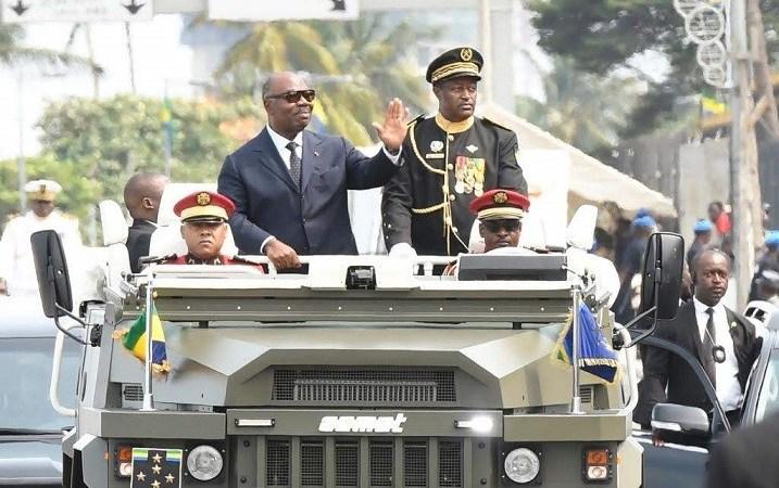 Indépendance An 59 : Ali BONGO ONDIMBA aux commandes du bateau Gabon