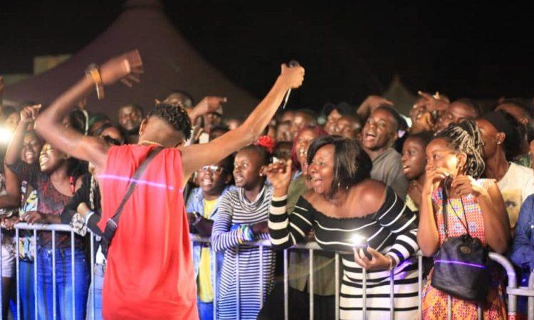 Port-Gentil Culture : Noël Mboumba Offre un concert géant à la jeunesse