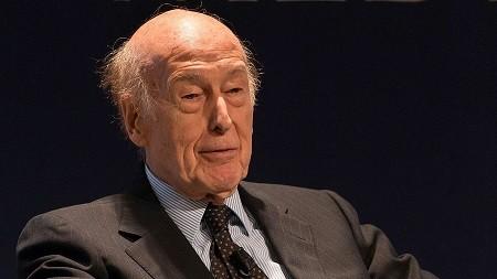L'ex-président Giscard d'Estaing : «Boumediene n'a jamais été remplacé par quelqu'un de son envergure»