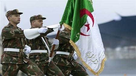 39c50bf2 2873 465f b9ef 628c590d31f0 - Algérie : l'armée expulsera la France ?