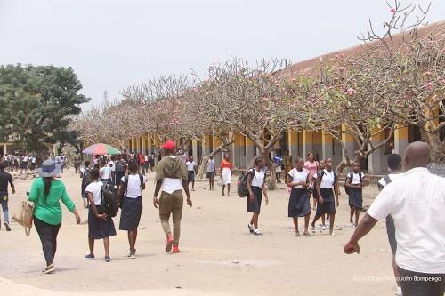 RDC les eleves reprennent le chemin de l'ecole - RDC : les élèves reprennent le chemin de l'école