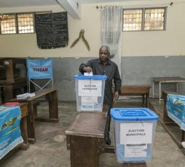 Les Camerounais ont voté pour leurs députés, sans grand enthousiasme et sous tension