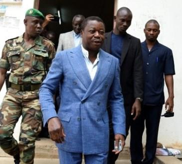 Togo: Faure Gnassingbé reconduit pour un 4e mandat (72%), l'opposition conteste