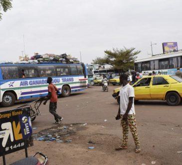 Protection contre le covid-19: Des kits de lavage de mains offerts à trois gares routières de Bamako