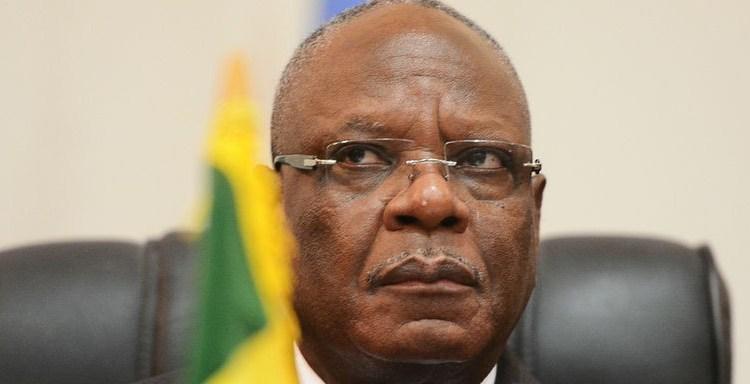 Le président malien gracie 400 détenus pour freiner la propagation du coronavirus