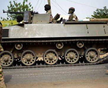 SCANDALES REPETES AUTOUR DES ACHATS D'ARMES EN AFRIQUE