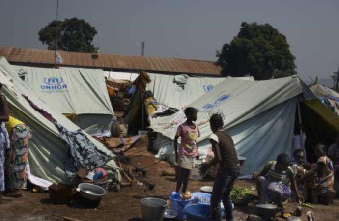 Centrafrique: plus de 200.000 personnes déplacées en moins de 2 mois (ONU)