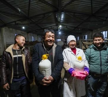 26 EvJF195UcAY3zBB - La Chine gagne la bataille de la Lutte contre la pauvreté !