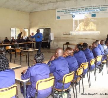 Mbuji-Mayi : clôture de  la formation des policiers sur les techniques pédagogiques de la communication