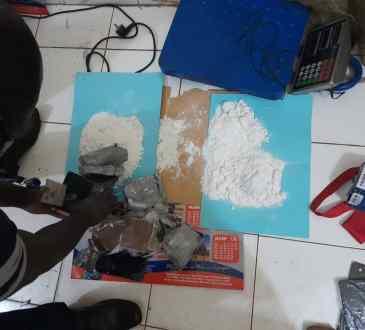 Mali Quelque 326 KG de cocaine saisis a laeroport de - Mali: Quelque 3,26 KG de cocaïne saisis à l'aéroport de Bamako