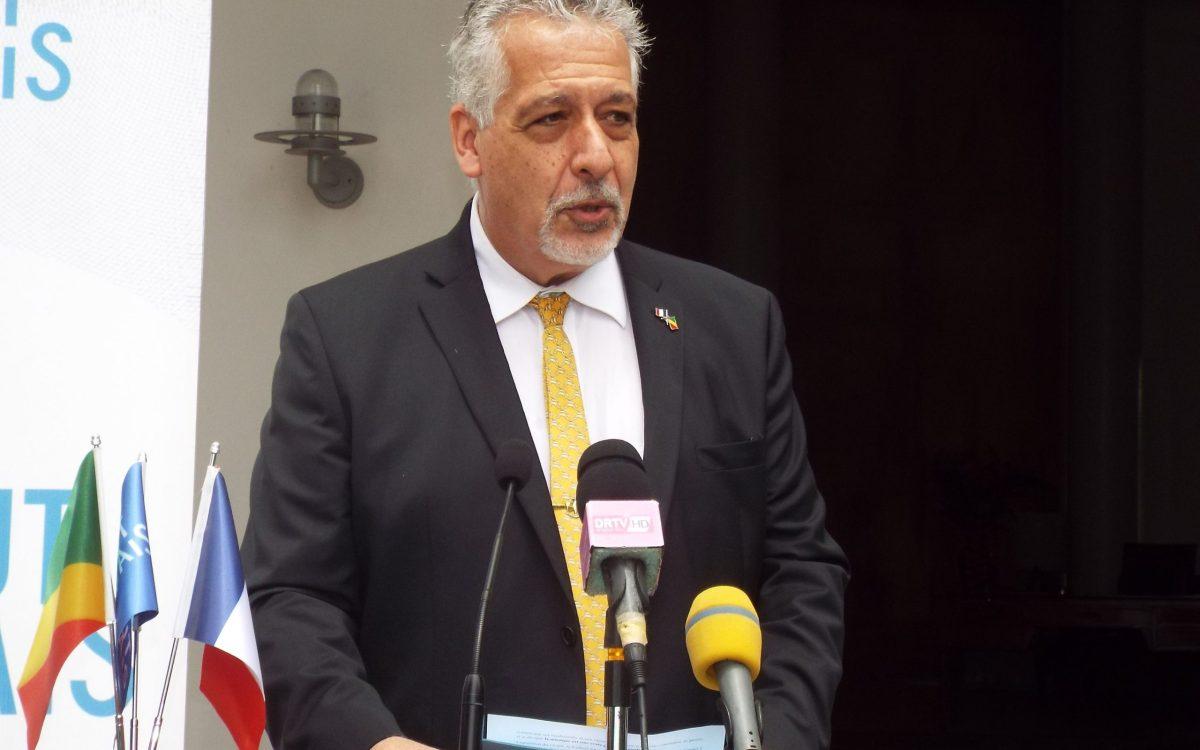 Tribune de lambassadeur de France au Congo sur la reponse - Tribune de l'ambassadeur de France au Congo sur la réponse à la pandémie de Covid-19