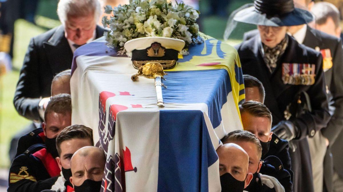 3Funrailles2 - Les funérailles du prince Philip, époux de la reine Elizabeth II d'Angleterre en quelques images