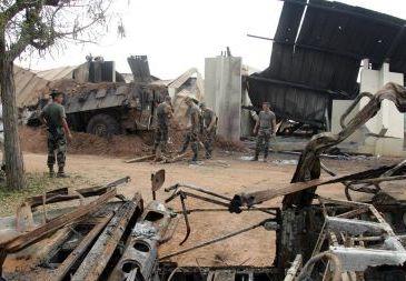 607852ab6f7 - Bombardement de soldats français à Bouaké en 2004: les trois accusés condamnés à la perpétuité