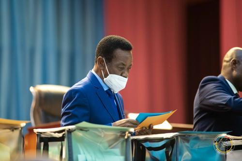 L'Avenir : «Groupes armés étrangers en RDC : Mboso interpelle les commanditaires»