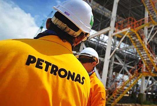 Petronas1 640x364 - Gabon : Pétronas injecte 14 milliards de francs dans le forage d'un nouveau puit