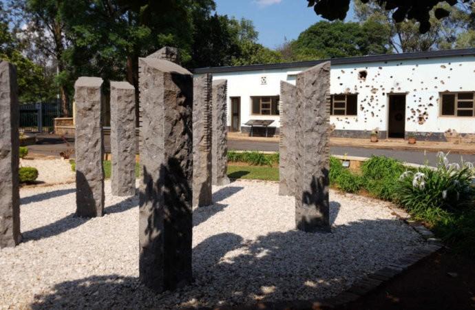 Rwanda: les familles des dix Casques bleus assassinés déçues de l'attitude de la Défense belge