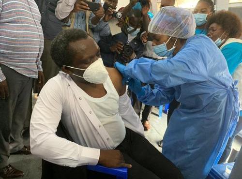 COVID-19 : début de la campagne de vaccination à Bukavu