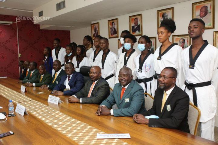 Le Ministre Danho felicite les medailles ivoiriens du championnat d8217Afrique - Le Ministre Danho félicite les médaillés ivoiriens du championnat d'Afrique de taekwondo