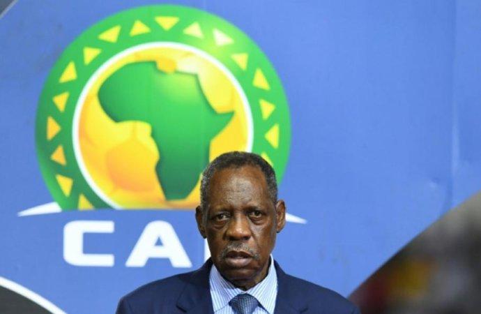 La Fifa suspend un an l'ancien président de la CAF Issa Hayatou