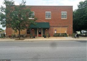 219 CHESTER STREET, FRONT ROYAL, VA 22630, ,Commercial Sale,For Sale,CHESTER,1010012064