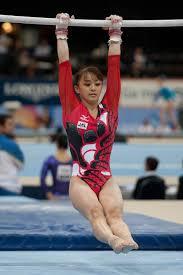 guymnastics-uneven-bars-wiki