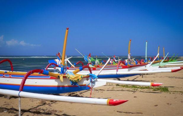 Bali Island YB9/DK7TF YB9/DL1FF YB9/DH6ICE DX News Lufthansa Amateur Radio Club