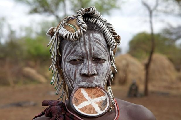 Ethiopia ET7L DX News Woman of the Mursi ethnic group.