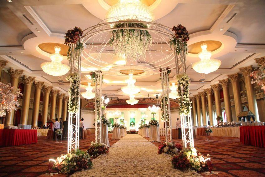 Harmoni One Hotel Amp Convention Centre Wedding Venues In Batam Hitchbird