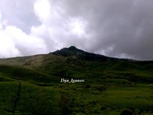 gunung-sumbul