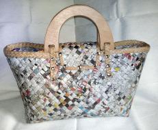 Hand bag w/ two half-moon shaped handle & button lock - Roxanne
