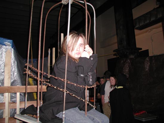 Hanging Torture Cage The Dye Clan