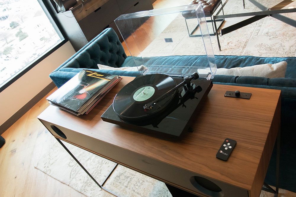 Loretta's Suite - Record Player - Hotel Van Zandt - Austin Texas - Kimpton