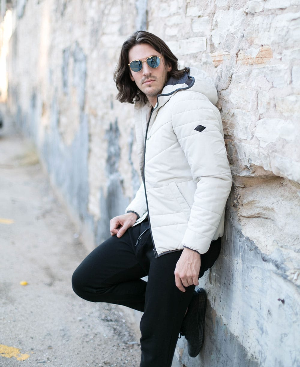 White Puffer Coat, Black Joggers and Black Shoes