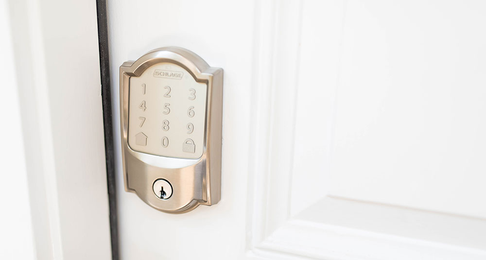 Schlage Encode wifi lock on door
