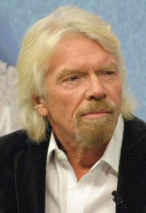 Richard Branson By Chatham House - https://www.flickr.com/photos/chathamhouse/16528067458/, CC BY 2.0, https://commons.wikimedia.org/w/index.php?curid=38743680