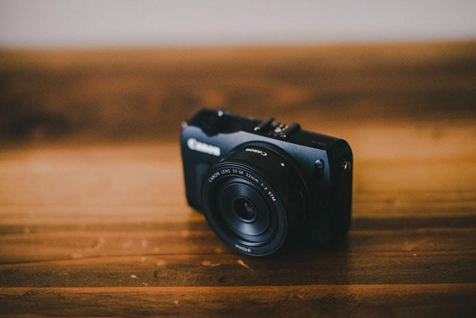 canon eos M camera review photo 001
