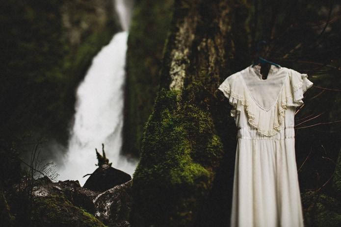 wahclella-falls-elopement-0005