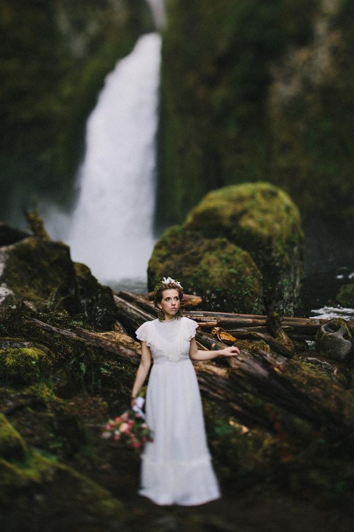 wahclella-falls-elopement-0023