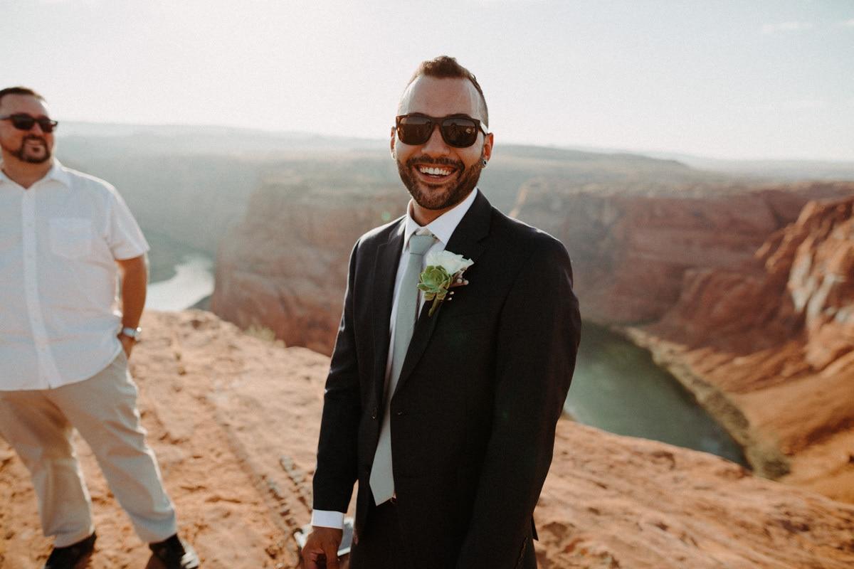 groom at horseshoe bend elopement in arizona